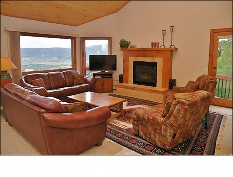Each Living Room features 2 full size Sofas, 2 Recliners, an HDTV with DVD & Stereo, a Gas Fireplace, & Views!