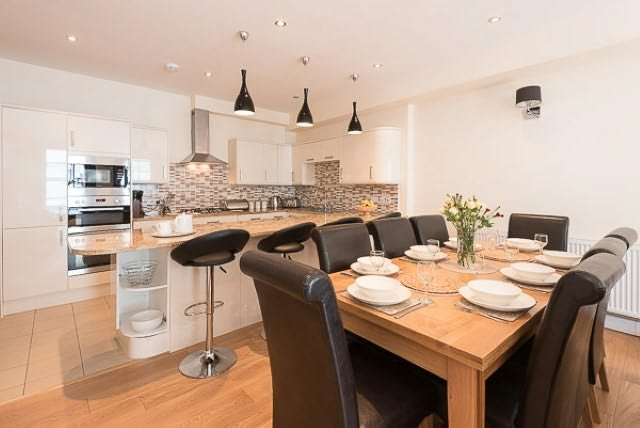 Clifford House is a state of the art  town centre apartment for 8