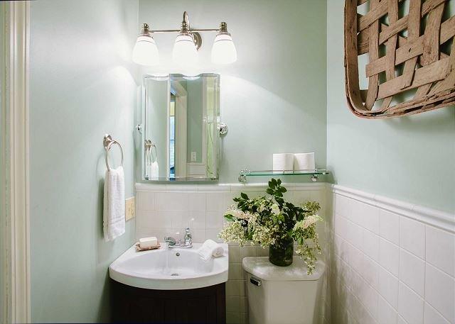 sala de banho de chuveiro completo única