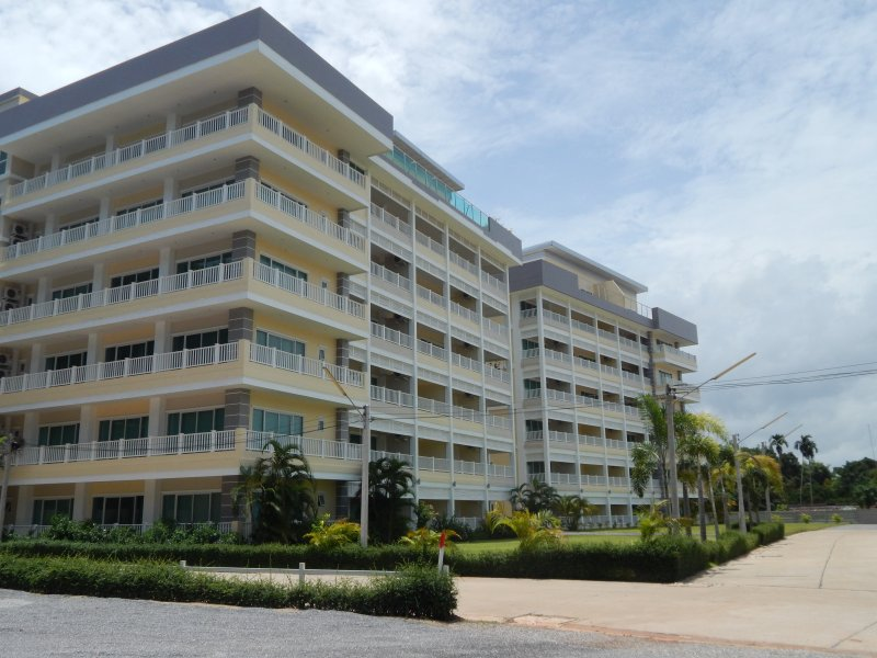 Maephim Ocean Bay Luxury condo Natilus for rent, casa vacanza a Chak Phong