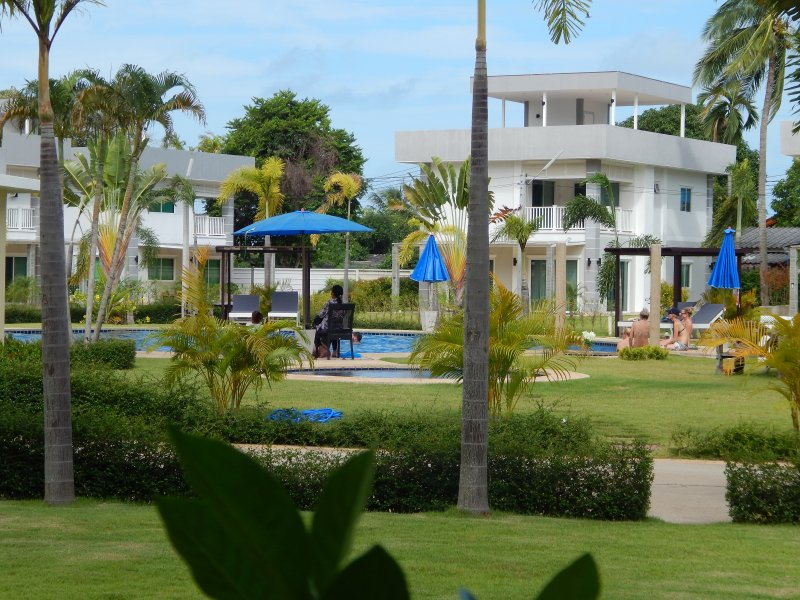 Maephim Ocean Bay Modern Villas for rent