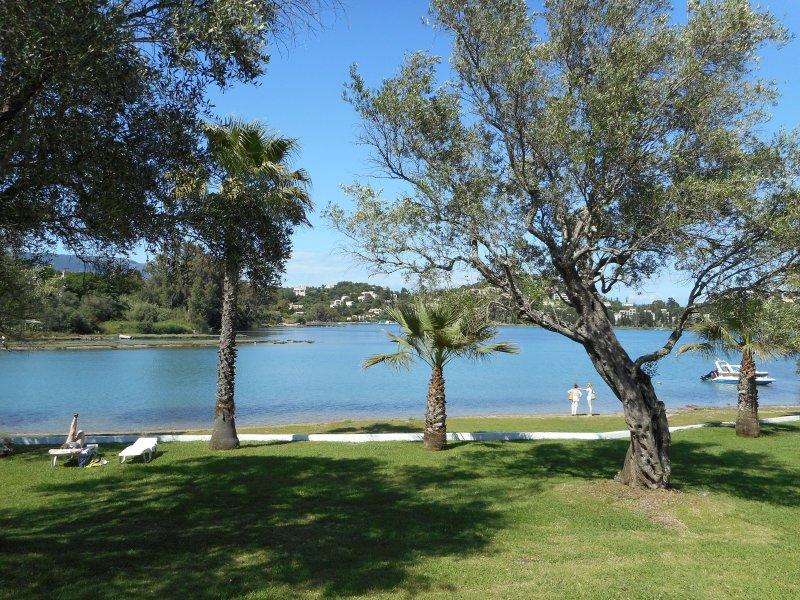 Villa Poulades Sea - Govino Bay, vacation rental in Gouvia