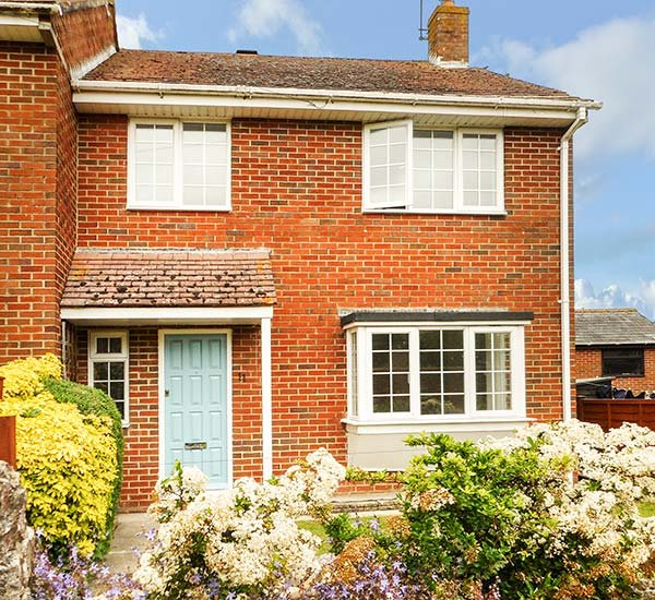 LEAP HOUSE, semi-detached, woodburner, enclosed garden, WiFi, in Wareham, Ref, aluguéis de temporada em Sandford