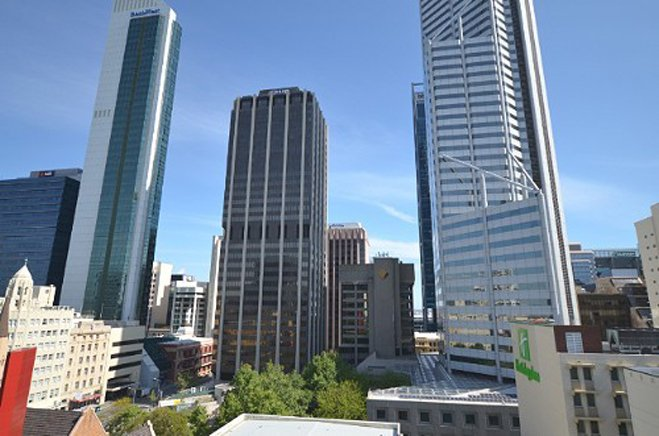Perth CBD Apartment on Murray Has Terrace and Balcony ...