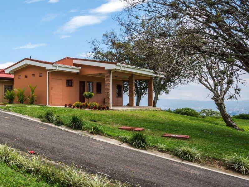 Robin's Nest Studio, alquiler de vacaciones en Escazú