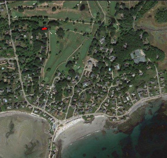 Localizado na Webhanmet e um curto passeio da Praia das Mães. A barra vermelha indica o local de origem.
