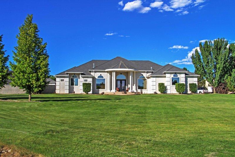 Ontdek de westelijke hellingen prachtige natuurlijke schoonheid in deze Grand Junction vakantiewoning huis!