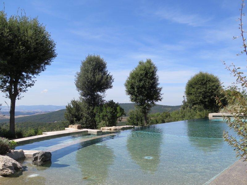 Panorama Pool att dela med andra lägenheten