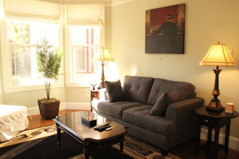 Cole Valley One Bedroom, holiday rental in San Francisco