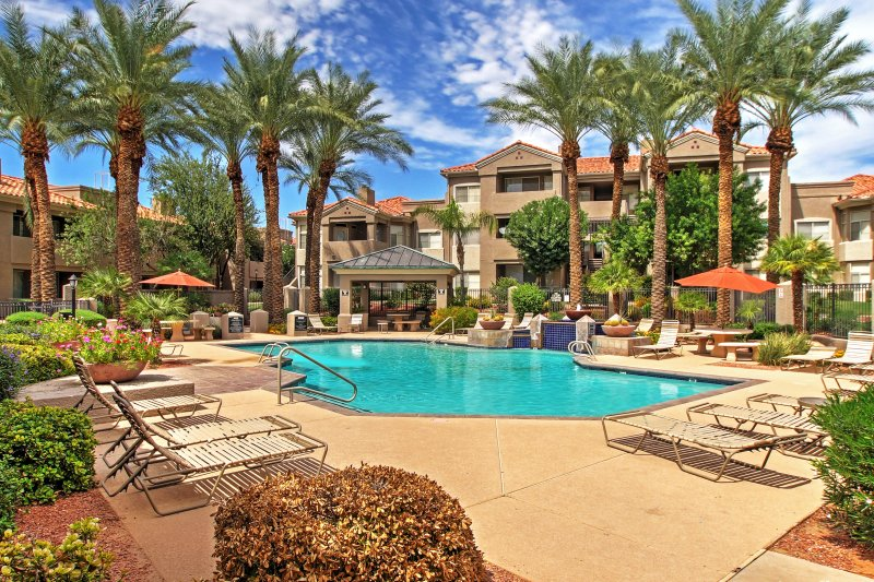 Elevate your desert retreat with this beautiful Phoenix vacation rental condo.