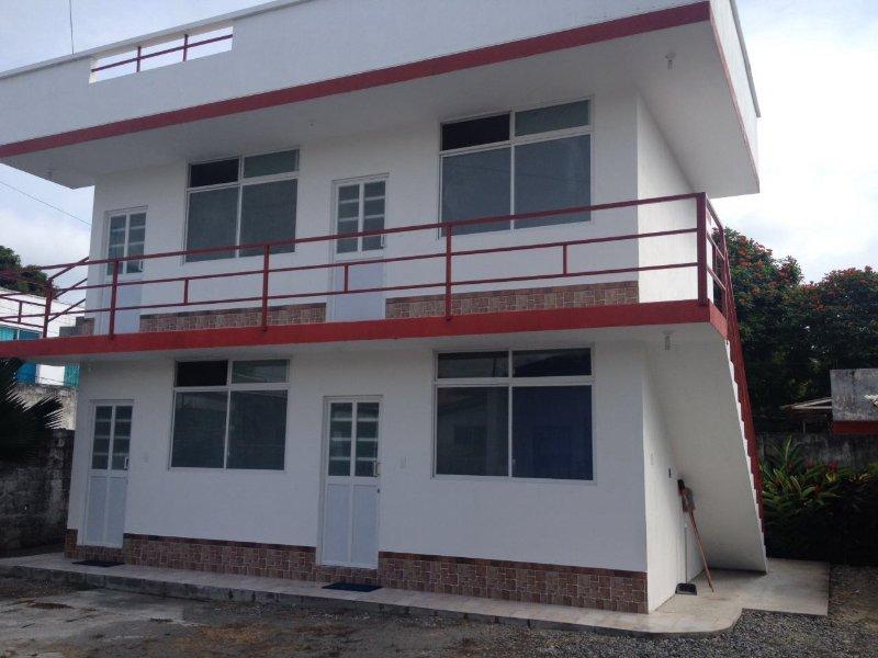 SENIOR COHOUSING SUITES, holiday rental in Esmeraldas Province