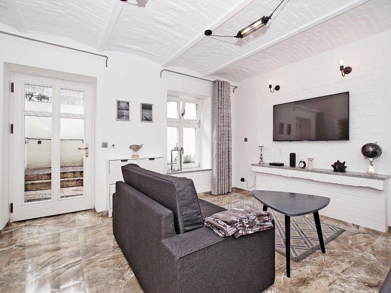 STUDIO FOUR APARTAMENT WITH TARRACE SOPOT CENTRUM, holiday rental in Sopot