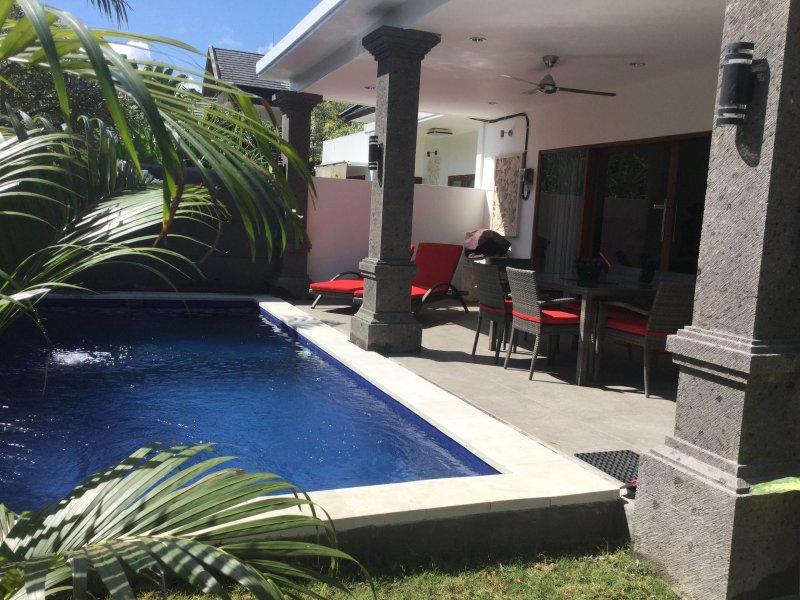 Melati, Brand New 3 Bedroom Villa - Hidden Oasis in Legian, vacation rental in Legian