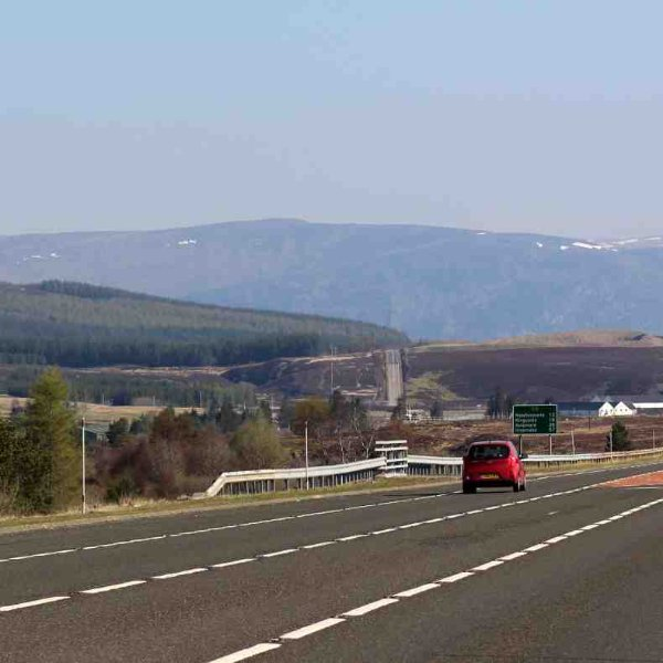 Heading north on the A9 takes you up to the Dalwhinnie distillery