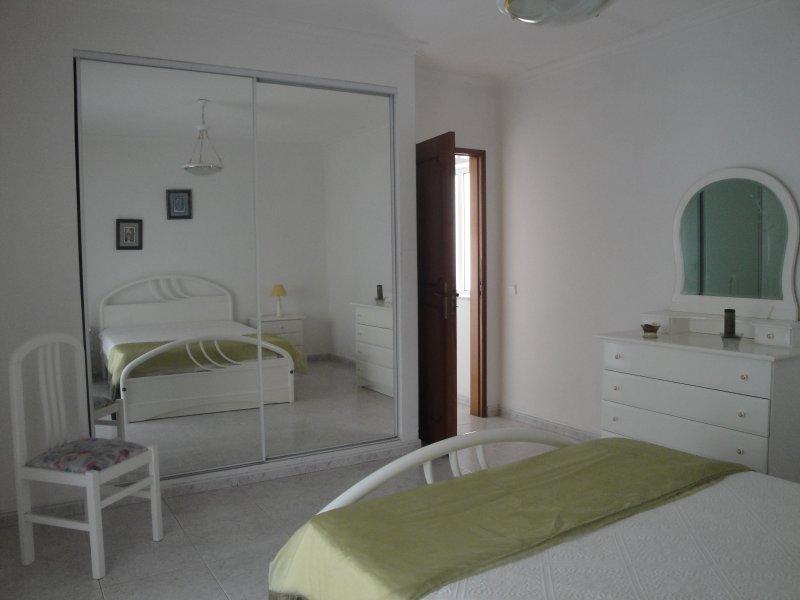 Apartamento a la playa para 6 personas – semesterbostad i Armacao de Pera