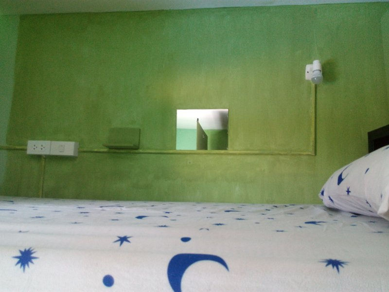 Mix A/C dorm room  (max 6 people), holiday rental in Ko Lipe