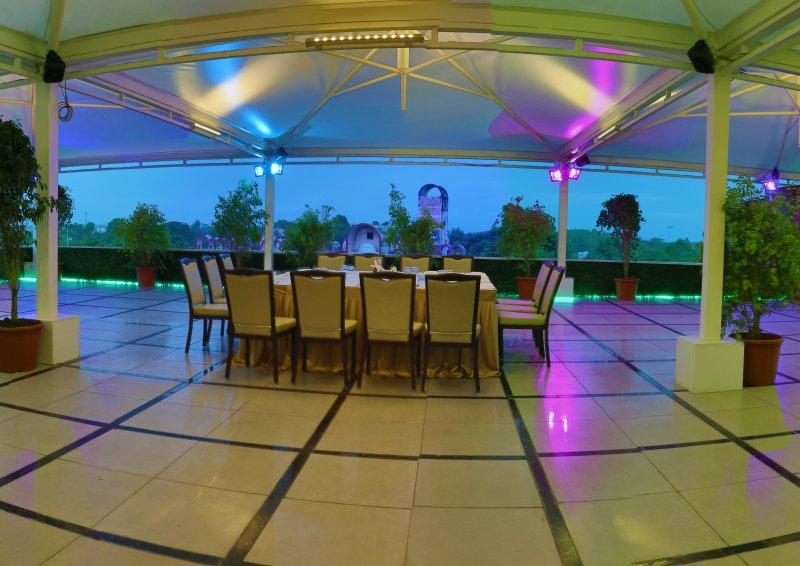 Hotel Shubh Inn, location de vacances à Bhopal