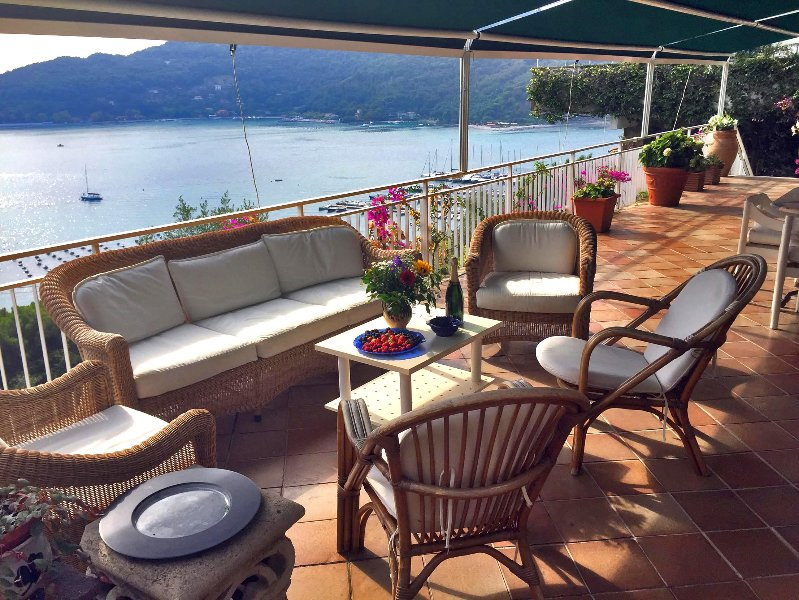 Villa Smeralda - Terrace with amazing view over the channel