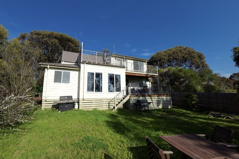 16A ALICE ROAD AIREYS INLET, holiday rental in Aireys Inlet