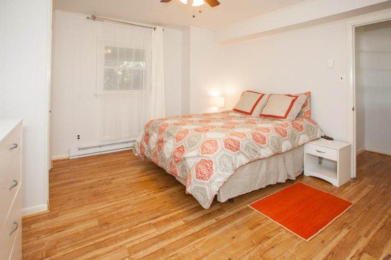 Cama, dormitorio, muebles, piso, el solar