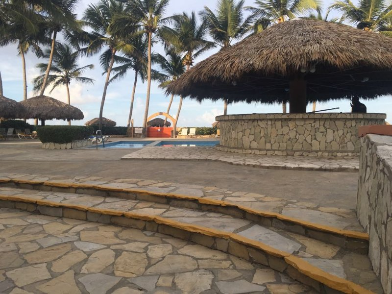Beach dream apartment-studio! Quiet, affordable,, alquiler vacacional en Gaspar Hernandez