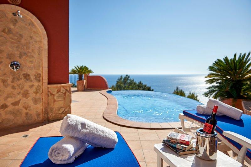 Las Escaleras – Felipe 68B – Sea View/Private Pool, vacation rental in S'Arraco