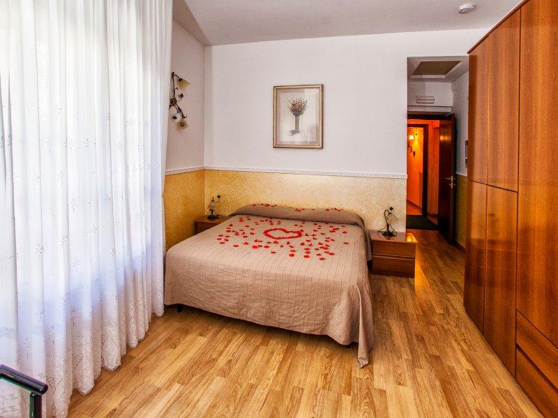 B&B  Borgo  Antico, location tranquilla, vacation rental in Roccapiemonte