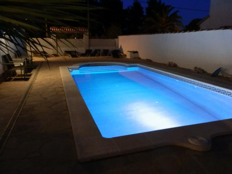 VILLA CASA CHRIS`S 9MTR X 4MTR SECLUDED PRIVATE POOL