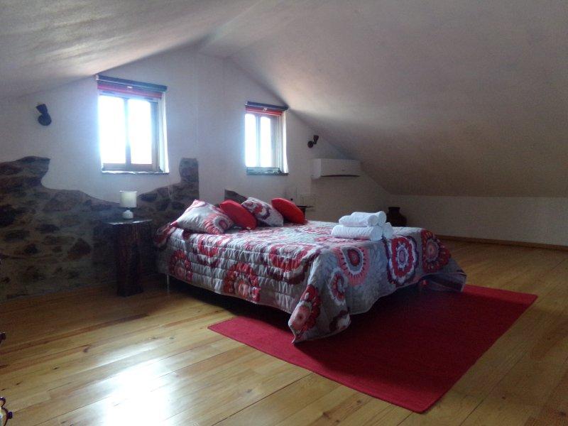 Bedroom - the Cherry