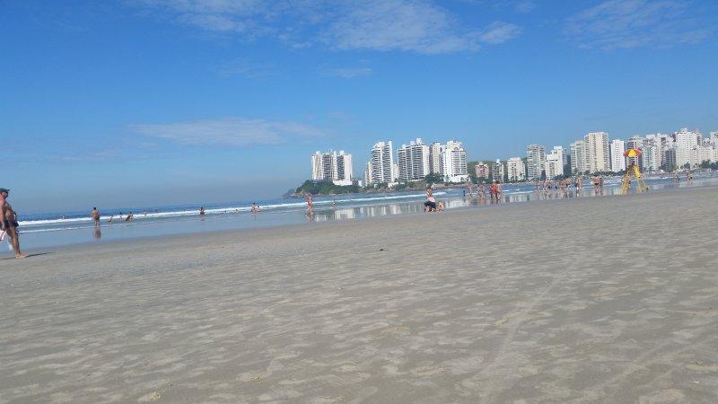 Apartamento Pitangueiras Guaruja 3 quartos, location de vacances à Guaruja