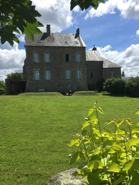 Chateau de Claids - Boutique Bed & Breakfast, vacation rental in Pretot-Sainte-Suzanne