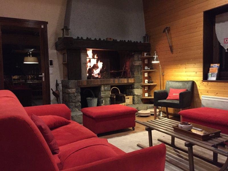 CHALET COSY LES AUPILLOUS (rénové en 2015), location de vacances à Vallouise-Pelvoux