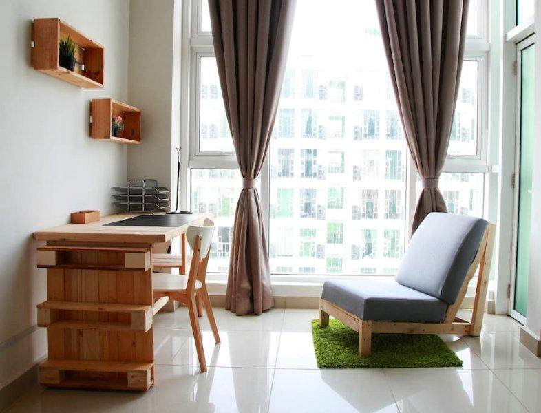 Free WIFI 4 beds Scott Garden Suites near Midvalley Easy Access to Kuala Lumpur, Ferienwohnung in Kuala Lumpur