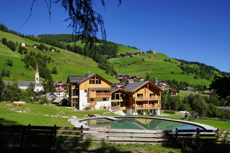 Chalet Mornà Residence Apartments ****, holiday rental in Province of South Tyrol