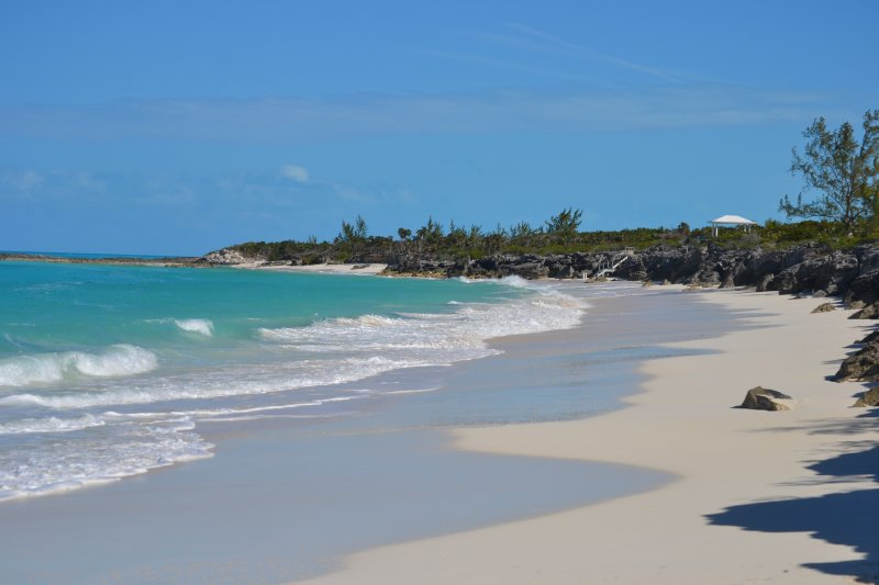 A short walk brings you to this beach, where you'll have the waves to yourself.