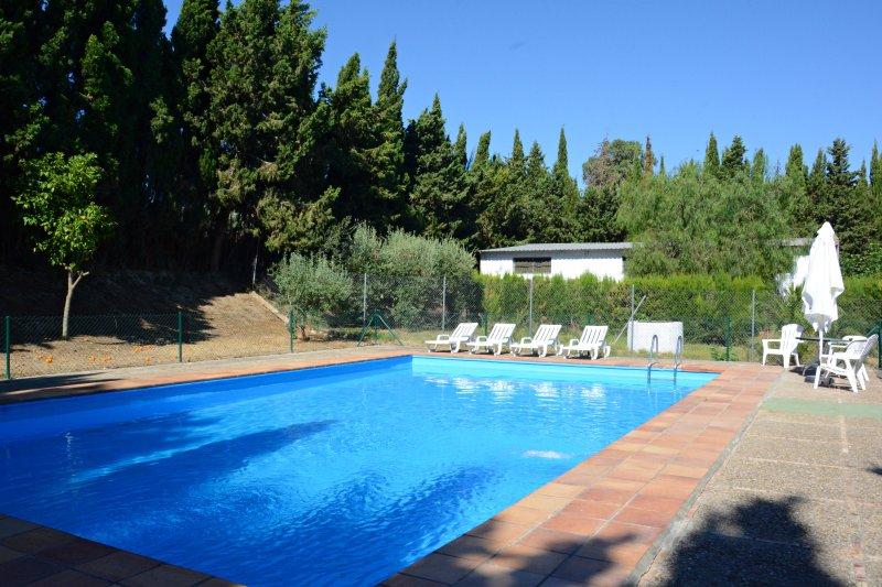 casa de campo con piscina y amplia zonas verdes updated