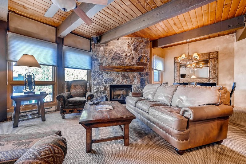 "<span class=""translation_missing"" title=""translation missing: en.shared.featured_properties.alt_for_rent, resort: Steamboat "">Alt For Rent</span>"