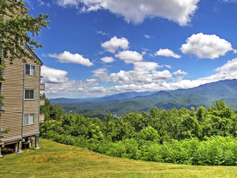 You'll never want to leave the Smoky Mountains once you stay at this Gatlinburg vacation rental studio!