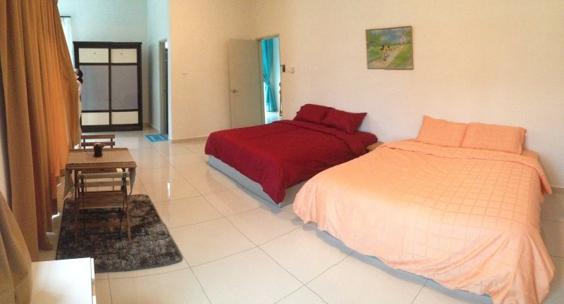 Happiness Home 幸福的家, vacation rental in Ayer Keroh