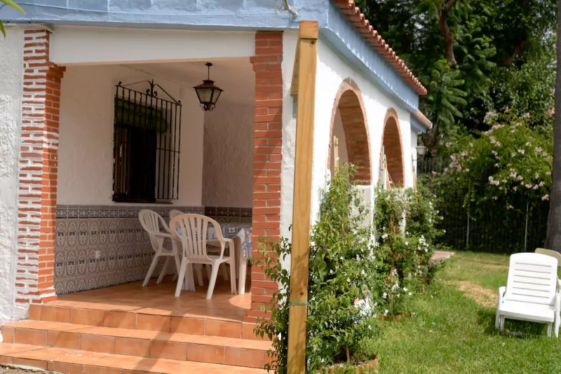 Porch and Jardin 2