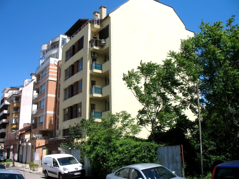 AMIK Apartments Ovche Pole., vacation rental in Pernik Province
