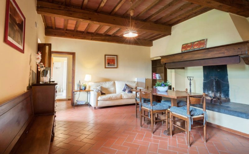 House fully equipped Tuscan style