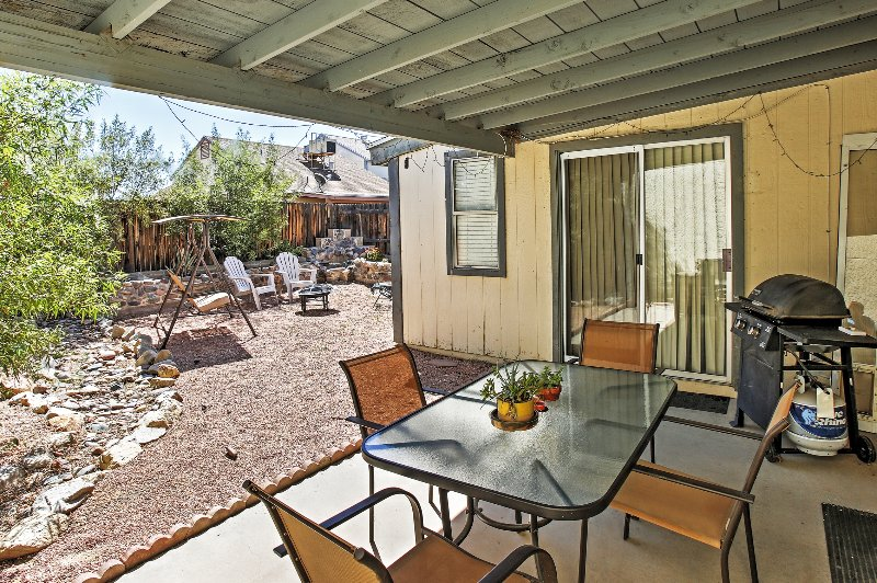 Spend tranquil Tucson days in this home's marvelous outdoor space.