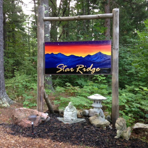 Adirondack Star Ridge Cottage, aluguéis de temporada em Lake Placid
