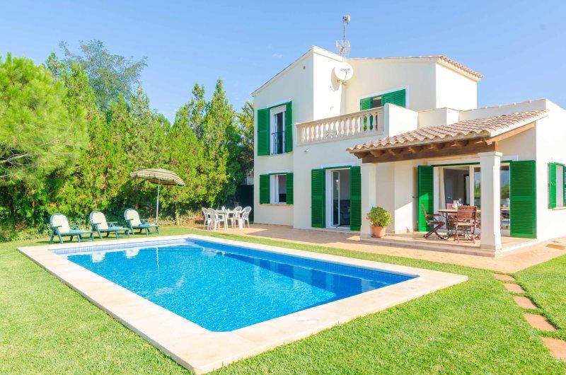 ES FERRERET - Villa for 6 people in Sa Rapita, location de vacances à Sa Rapita