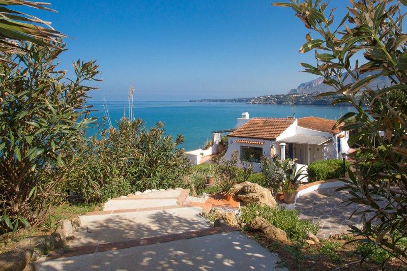 Villa Canto del Mare, vacation rental in Balestrate