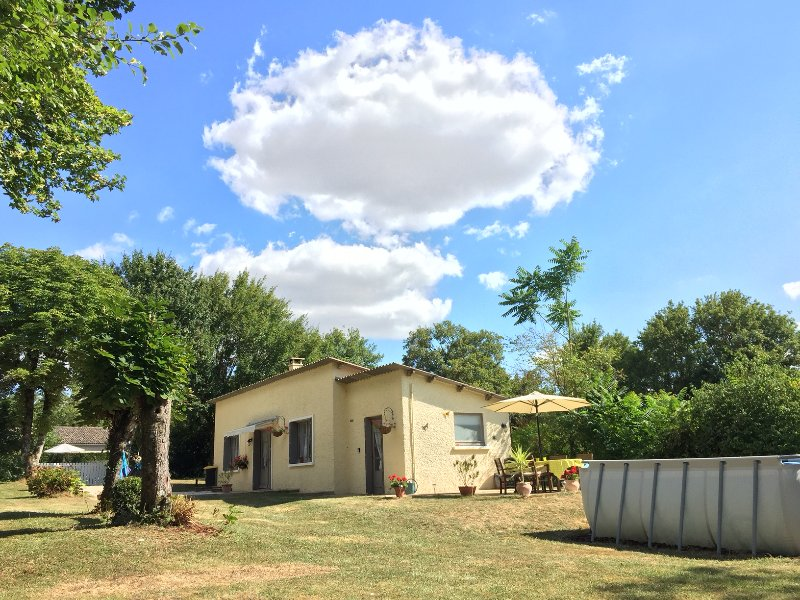 Gite Coup de Foudre, holiday rental in Vaux
