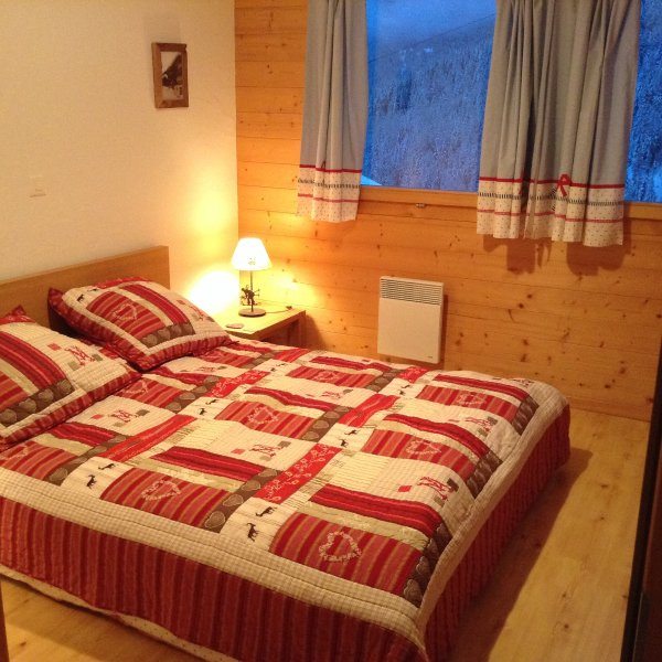 Large double bed, panoramic views and access to the balcony.