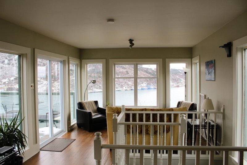 3rd floor loft with deck and amazing 360 views