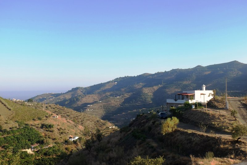 Although photography is not appreciated by the haze on the horizon is the wonderful Mediterranean